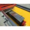 Este dotata standard cu masa de fixare magnetica a cutitelor ce trebuie ascutite