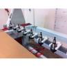 Acest centru CNC este dotat cu dispozitiv de fixare a sculei cu 8 pozitii, interschimbabile din lateral
