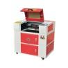 Aceasta masina de gravat si taiat cu laser este dotata cu cabina de lucru