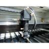 Dispozitivul laser are o putere de 100 W