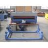 Aceasta masina CNC este prevazuta cu role epntru alimentarea cu materiale textile si piele