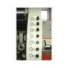 Presiunea rolelor de avans este afisata cu ajutorul unor manometre si poate fi ajustata cu usurinta