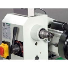 Viteza de rotatie poate fi selectata continuu variabil si ajustata electronic
