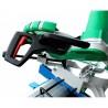 Manerul ergonomic asigura utilizarea facila a acestui fierastrau