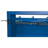Este echipata standard cu ecartament spate ajustabil pana la 550 mm