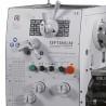 Elementele de control sunt pozitionate ergonomic pe capul de actionare al strungului