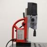 Este echipata standard cu mandrina 3 - 16 mm