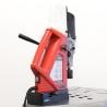 Este livrata standard cu mandrina 6 - 16 mm