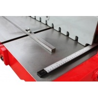 Limitatoarele laterale sunt prevazute cu citire scalara in mm