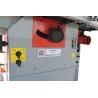 Ajustarea inaltimii panzei circulare se realizeaza cu ajutorul unei manivele pozitionata ergonomic