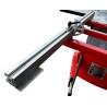 Limitatorul de pe mitra telescopica poate fi ajustat cu ajutorul unei scale de precizie