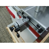 Este dotata cu limitator reglabil pentru adancimea de gaurire si afisaj analogic digital