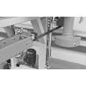Este dotat cu avans automat ajustabil conitnuu (0 - 22 m/min)