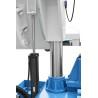 Ferastraul dispune de doi cilindri hidraulici ce ajuta la coborarea bratului