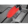 Panza circulara poate fi ajustata cu usurinta pe inaltime si la unghi cu ajutorul unor manivele pozitionate ergonomic