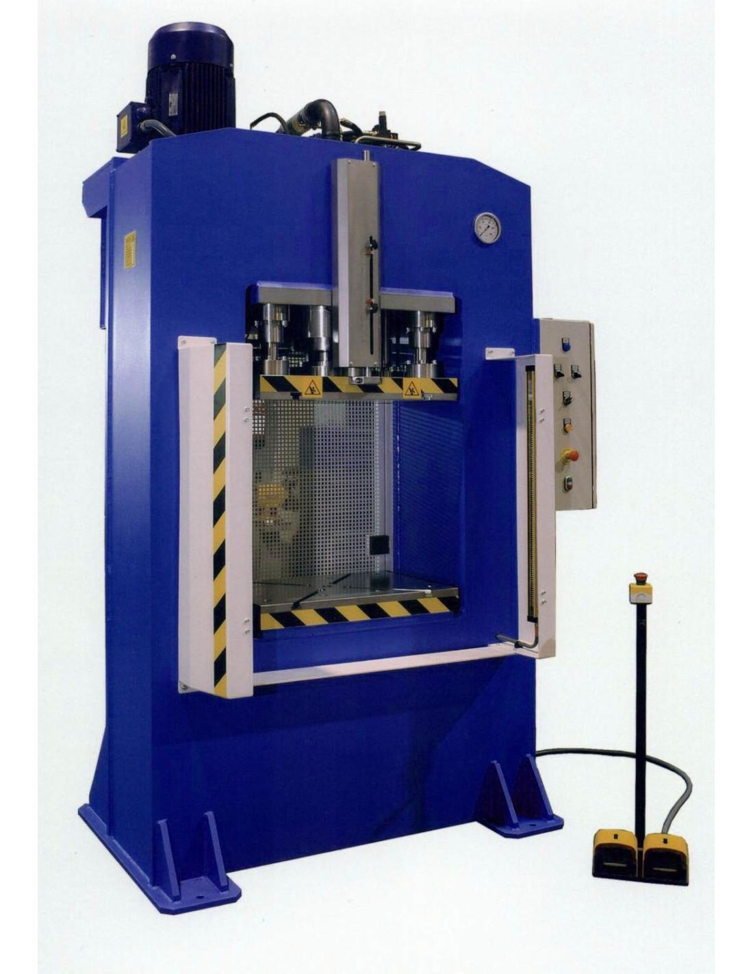 Presa hidraulica cu cadru arc RHTC RM-500