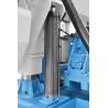 Coborarea ferastraului se realizeaza cu ajutorul unui cilindru hidraulic